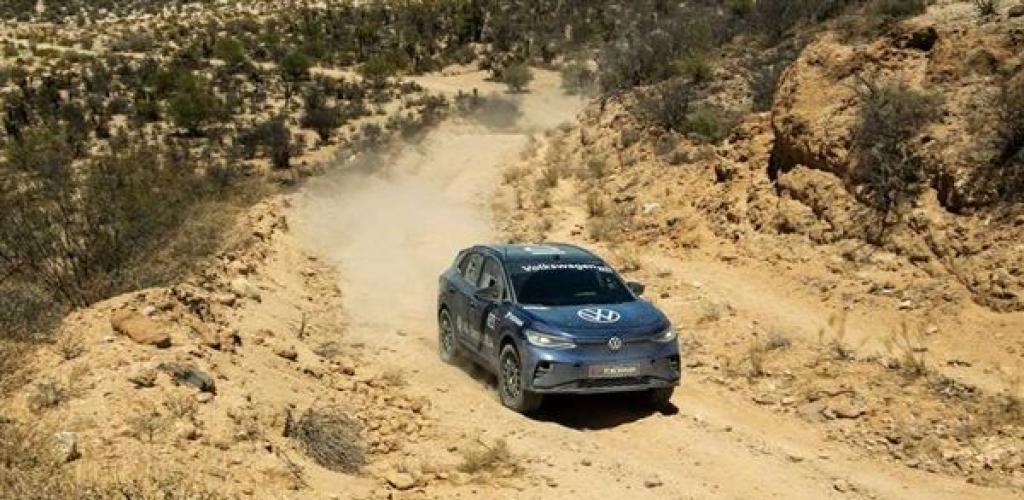 فولكس فاجن ID.4 تصبح أول سيارة كهربائية تكمل سباق الطرق الوعرة (NORRA)