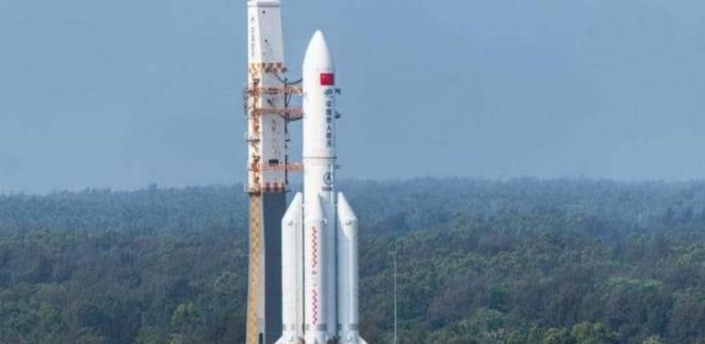بعد جدل كبير.. موعد سقوط الصاروخ الصيني