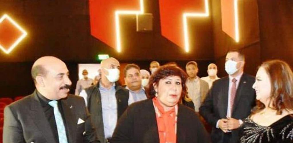 وزيرة الثقافة ومحافظ أسوان يفتتحان أعمال تطوير وتحديث سينما ومسرح الصداقة