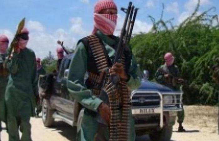مقتل 9 في هجوم لحركة الشباب الإرهابية على فندق بالصومال