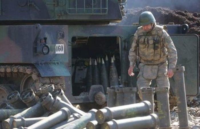 المرصد السوري: القوات التركية تقصف الطريق الدولي شمالي الرقة