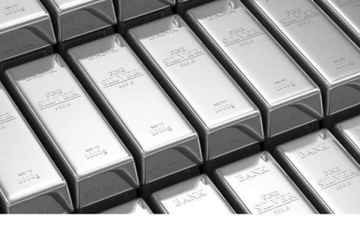 بعد دعوة المستثمرين لإغراق السوق.. الفضة بأعلى مستوى لها في 6 شهور
