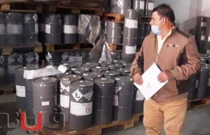 ضبط 26 طن مخللات داخل مصنع بدون ترخيص في الشرقية
