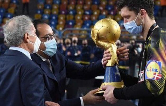 رئيس اللجنة الأولمبية الدولية: تجربة مونديال اليد مصر 2021 مذهلة