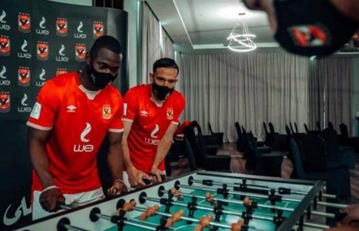 بلاي ستيشن وألعاب رماية ومطعم لبناني لبعثة الأهلي في الدوحة