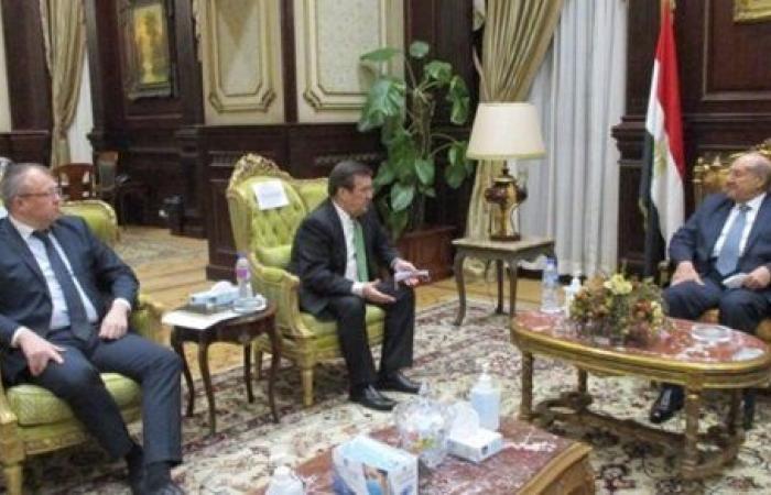 رئيس مجلس الشيوخ يلتقي سفير أوكرانيا بالقاهرة لبحث التعاون البرلماني