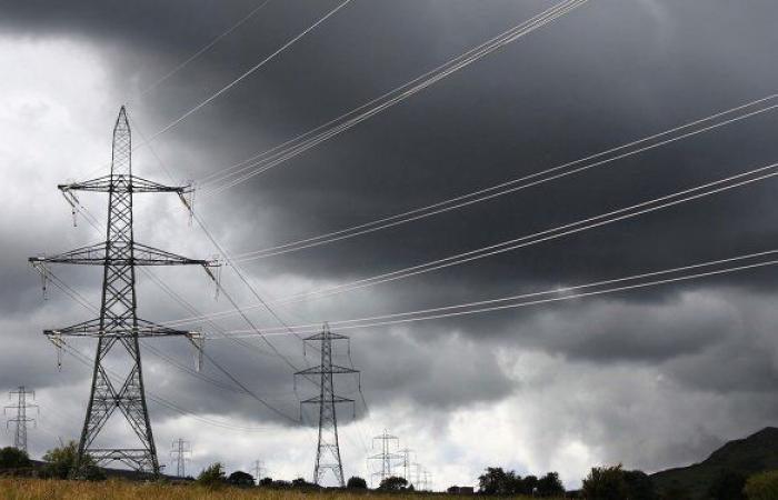 العراق... الحكومة تطمئن المواطنين بشأن تأمين الوقود اللازم لتوليد الكهرباء