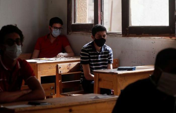 """إعلام يكشف """"سيناريوهات"""" عودة الدراسة في مصر"""