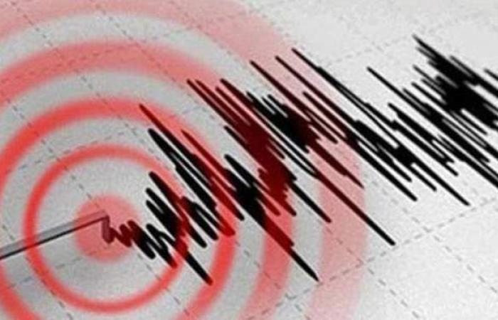 زلزال قوي يضرب جزيرة ليسبوس اليونانية
