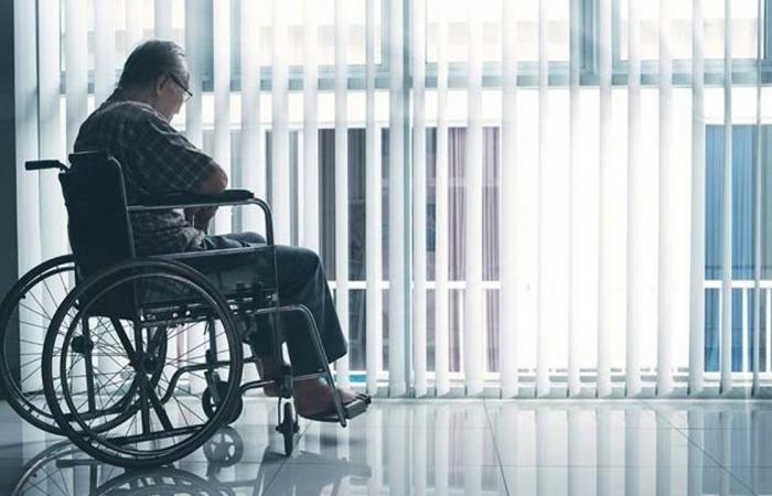 أعراض الاكتئاب لدى المسنين.. «الصحة» تعمم إرشادات طبية
