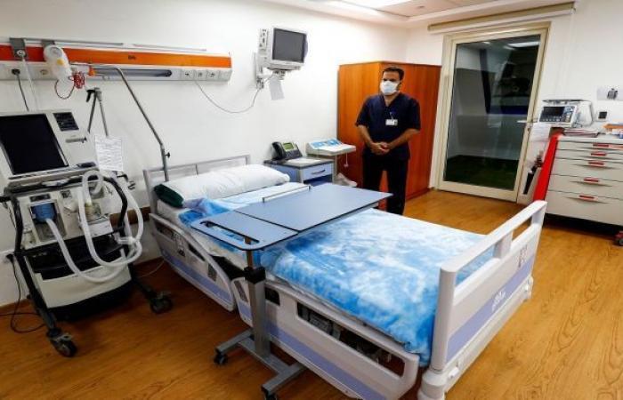الكشف عن تفاصيل الحالة الصحية للفنان عادل الفار بعد نقله للعناية المركزة