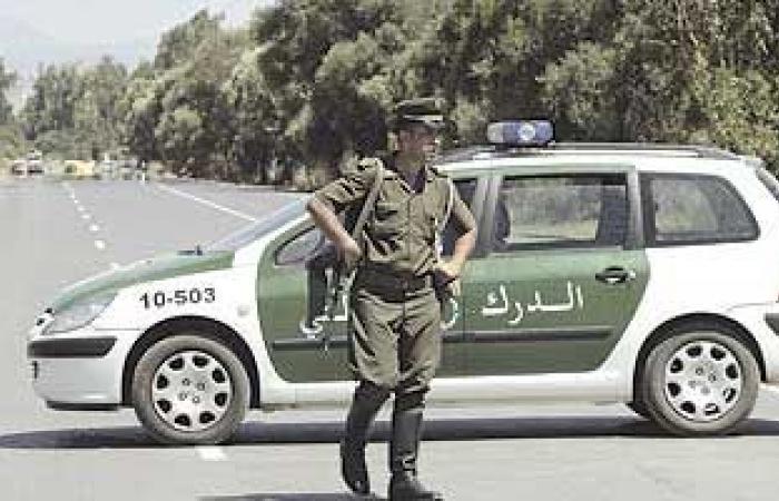 الجزائر تخفف حظر التجوال بثلاث ولايات بينها العاصمة