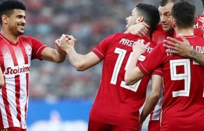 كوكا ووردة يتأهلان مع أولمبياكوس وباوك لربع نهائي كأس اليونان