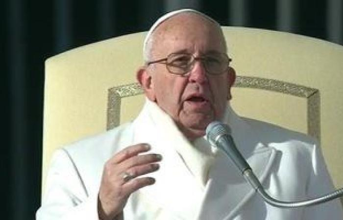 بابا الفاتيكان: شيخ الأزهر أخى وصديقى وشجاعته ساعدتنى كثيرا