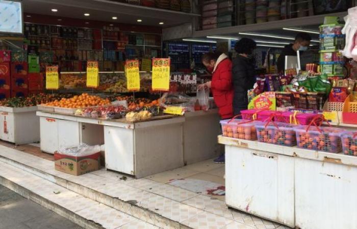 """خبير: ظروف انتشار """"كوفيد-19"""" في سوق ووهان موجودة"""
