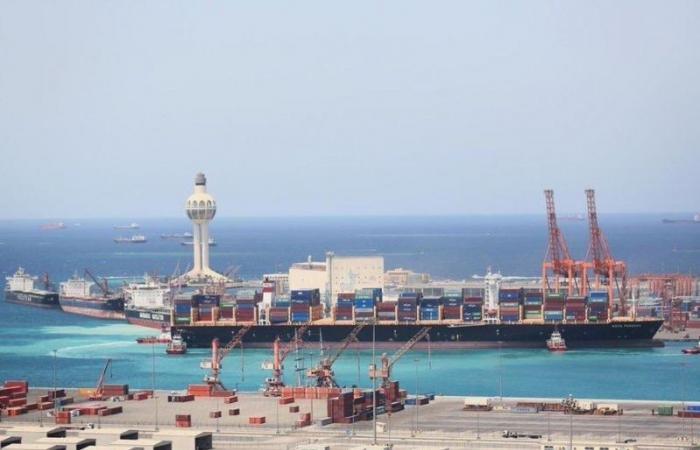 استئناف الحركة الملاحية بـ ميناء جدة الإسلامي