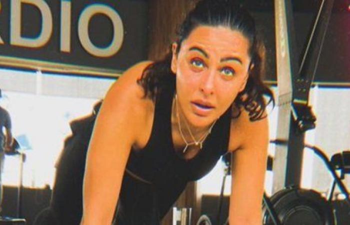 ميس حمدان تحفز متابعيها للقيام بتمرينات شاقة في الجيم