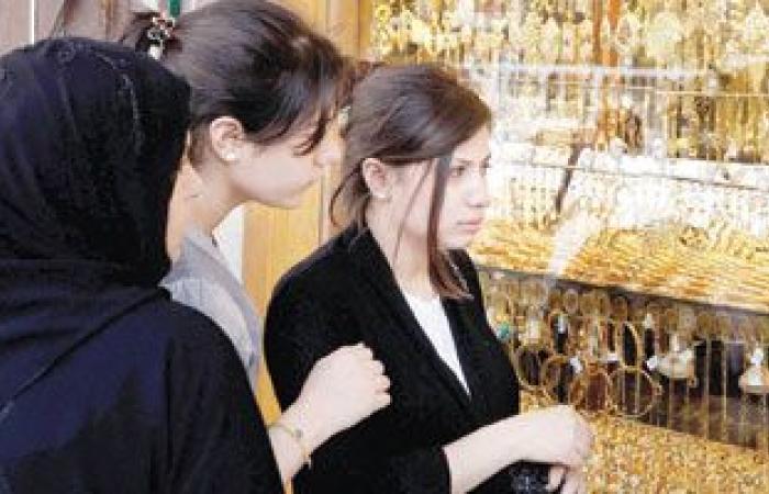 أسعار الذهب تتراجع 4 جنيهات وعيار 21 يهبط لـ 806 جنيهات للجرام