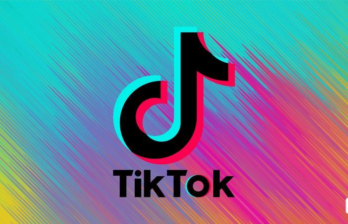 TikTok يضيف تحذيرات إلى الفيديوهات التي تضم معلومات مشكوك في صحتها