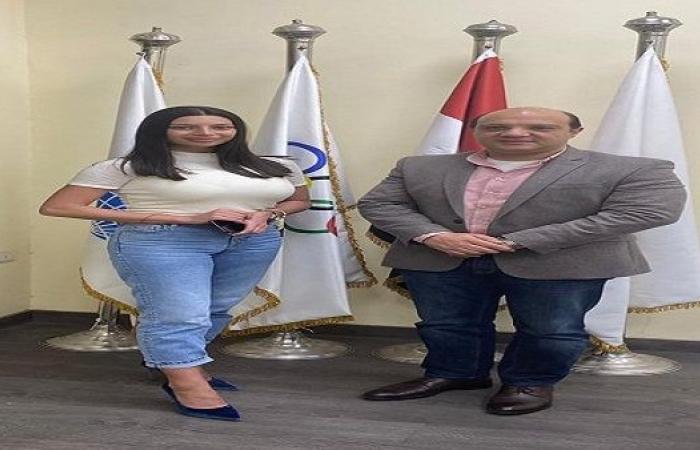الأذربيجانية جالا كاميلينوفا مديرة فنية لمنتخب الجمباز الإيقاعى خلافا للروسية ناتاليا