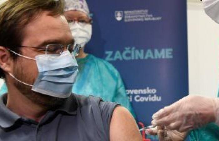 إغلاق القنصلية المغربية في كندا بعد إصابة أحد موظفيها بفيروس كورونا