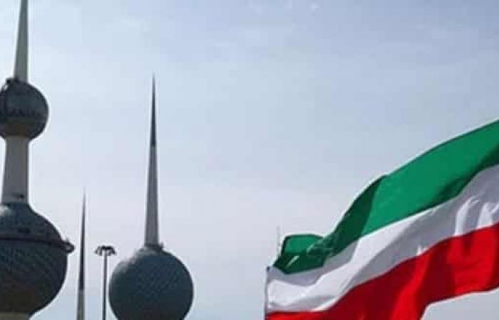 الكويت تقرر منع الدخول للبلاد لغير الكويتيين لمدة أسبوعين