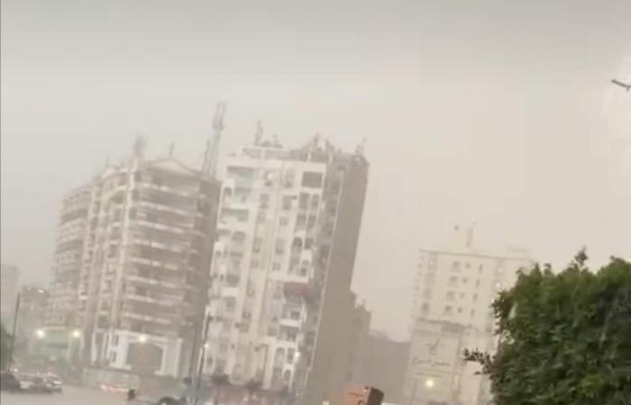ثلوج وأمطار غزيرة ورعد تضرب السويس ورفع حالة الطوارئ.. صور