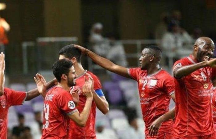 الدحيل يخسر أبرز نجومه في لقاء الأهلي ولموشي يحضر مفاجأة
