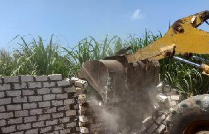 الرى تنفذ 146 قرار إزالة للتعديات المقامة على نهر النيل والترع