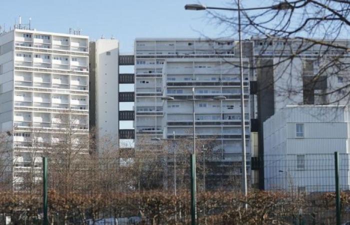 سماع دوي انفجار في مبنى سكني وسط بوردو الفرنسية.. صور