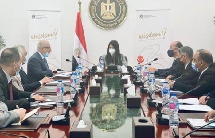 """""""المشاط """" تلتقي وفدًا عراقيًا لعرض التجربة المصرية في التعاون الإنمائي"""