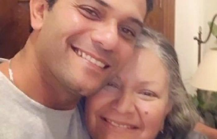 آسر ياسين يهنئ والدته بعيد ميلادها عبر انستجرام.. شاهد