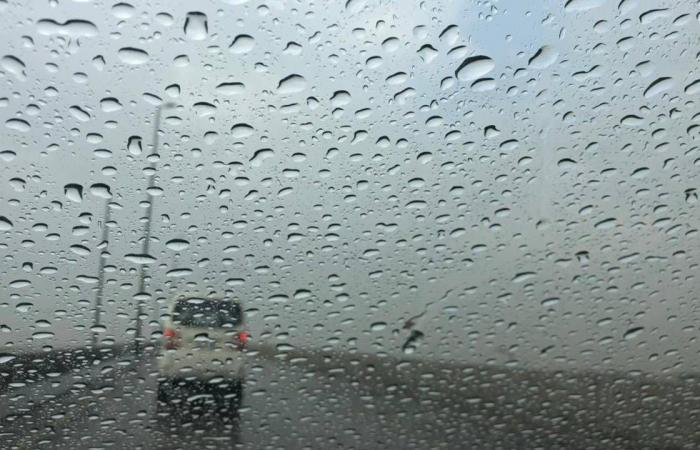 أمطار خفيفة إلى متوسطة على المنطقة الشرقية