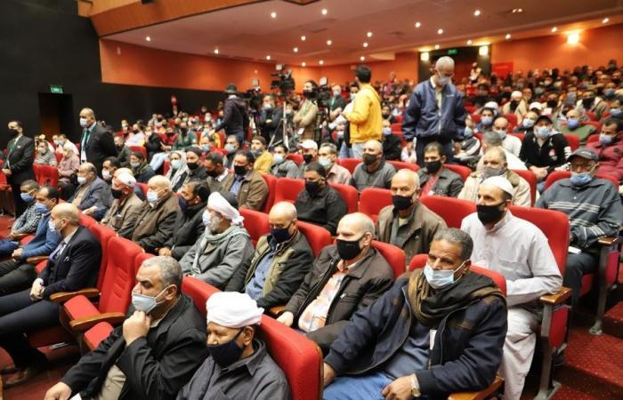 وزير القوى العاملة لصيادى بورسعيد: اليوم أوفى بما تعاهدنا به أمام القيادة السياسية