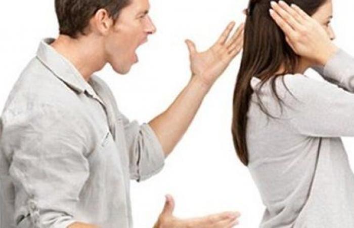 زوجتي لا تنصاع لأوامري خاصة في ملابسها ماذا أفعل؟ شاهد رد الإفتاء