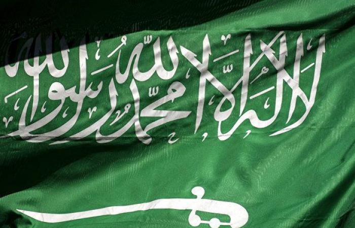 مصادر: توجه سعودي لخفض ساعات العمل في القطاع الخاص