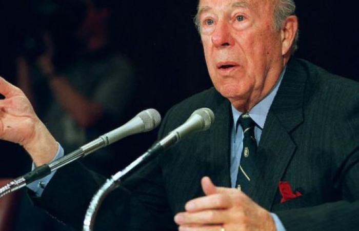 10 معلومات عن جورج شولتز وزير الخارجية الأمريكي الأسبق