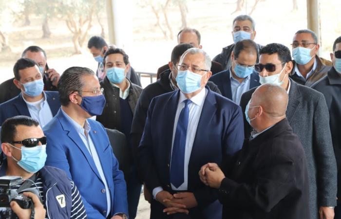 وزير الزراعة يوجه بحصر كافة الأصول غير المستغلة لدعم الاقتصاد الوطنى.. صور