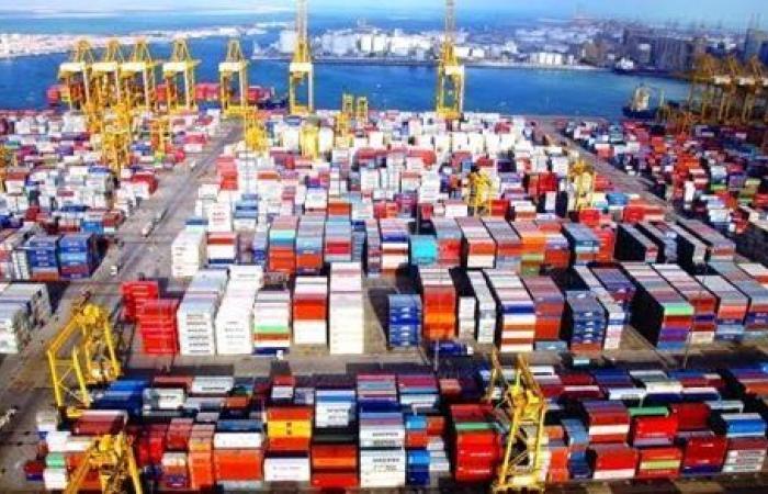 المركزى للإحصاء : 4.4 مليار دولار قيمة الصادرات المصرية لدول الخليج خلال 10 أشهر