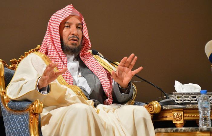 بالفيديو.. الشيخ «الشثري»: مخالفو الإجراءات الاحترازية «آثمون»