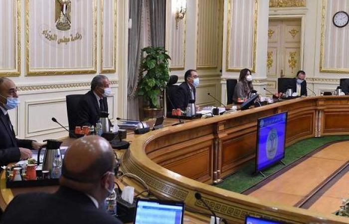 رئيس الوزراء يكشف موعد انتقال موظفي الحكومة للعاصمة الإدارية الجديدة