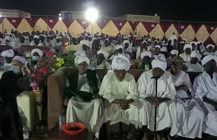 شيخ الطريقة التيجانية بالسودان: مصر مفخرة المسلمين ولا ينكر قدرها إلا جاهل