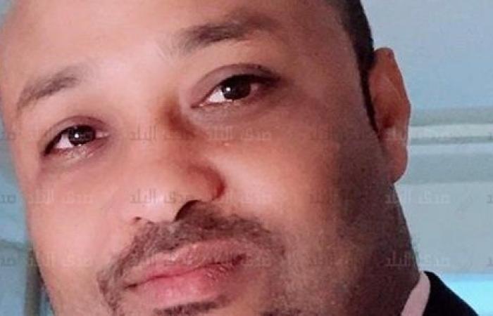 مدرس بآداب قنا يحصد المركز الأول بجائزة الشارقة للإبداع العربى