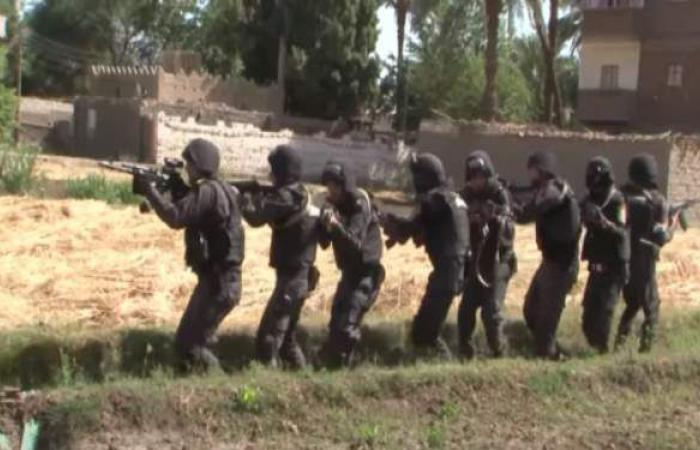 حملات الأمن العام تسقط 264 تاجر مخدرات و22 بلطجيا