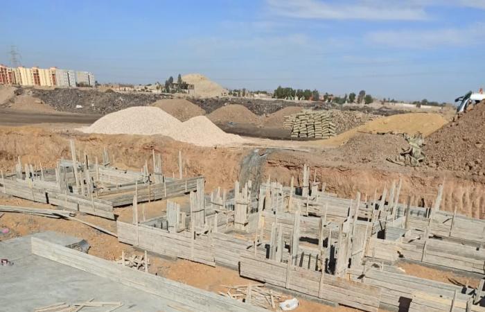 البيئة: الانتهاء من إنشاء مدفن للمخلفات بإدفوا لاستيعاب 175 طنا يوميا فى مايو