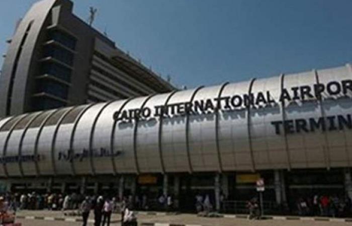 مطار القاهرة يستقبل 12 ألف راكب على متن 112 رحلة