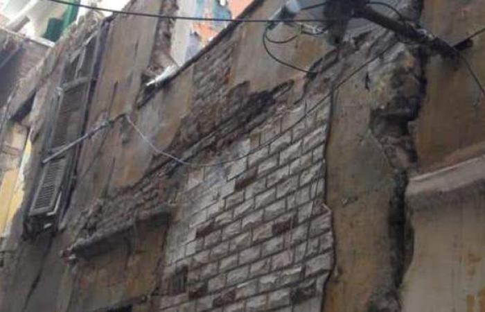 انهيار أجزاء من عقار بكرموز في الإسكندرية