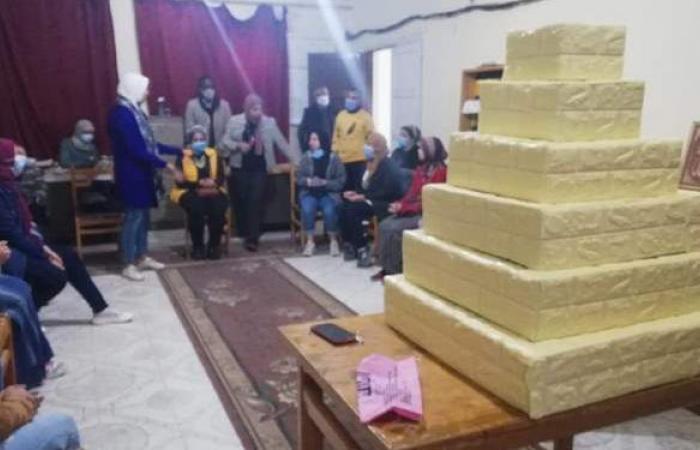 عمل مُجسم هرم سقارة للمكفوفين ضمن مبادرة برلمان شباب الإسكندرية