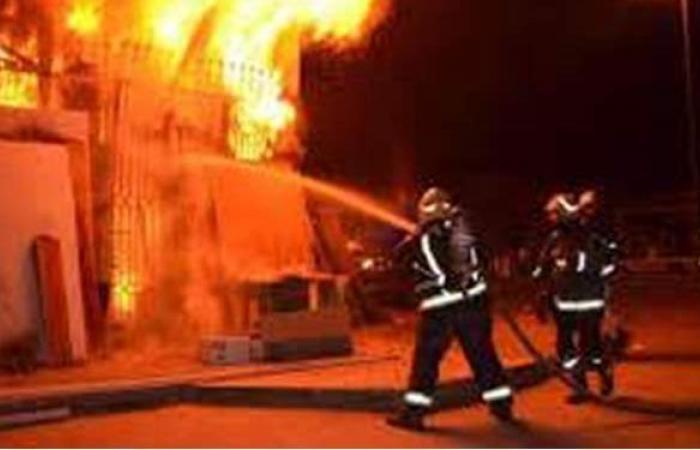 إخماد حريق فدانين و18 قيراطا مزروعة قصبا في قنا