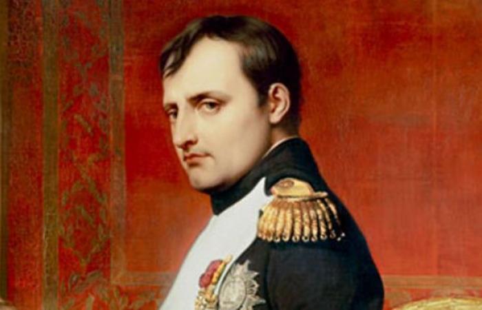 بعد 200 عام على هزيمة نابليون... روسيا وفرنسا تدفنان رفات جنودهما